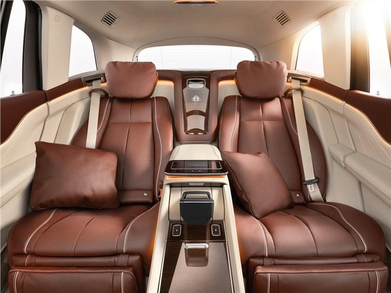 Mercedes-Benz GLS 600 Maybach 2021 салон
