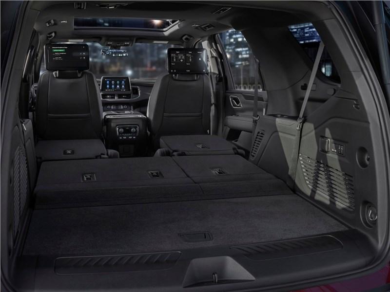 Chevrolet Tahoe 2021 багажное отделение