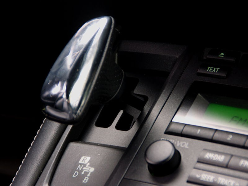 Lexus CT 200h 2011 селектор вариатора