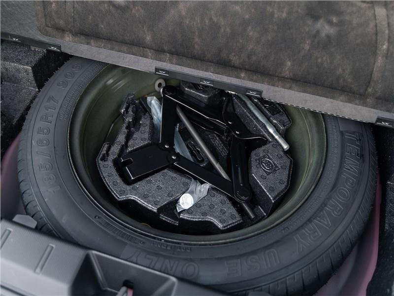 Subaru XV Tokyo 2019 багажное отделение