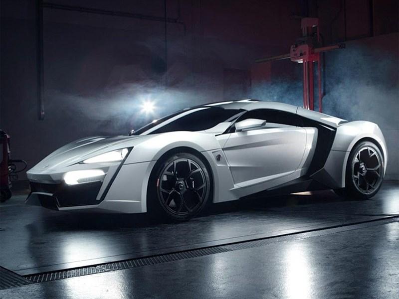 Арабский суперкар с алмазной светотехникой будет представлен в ноябре