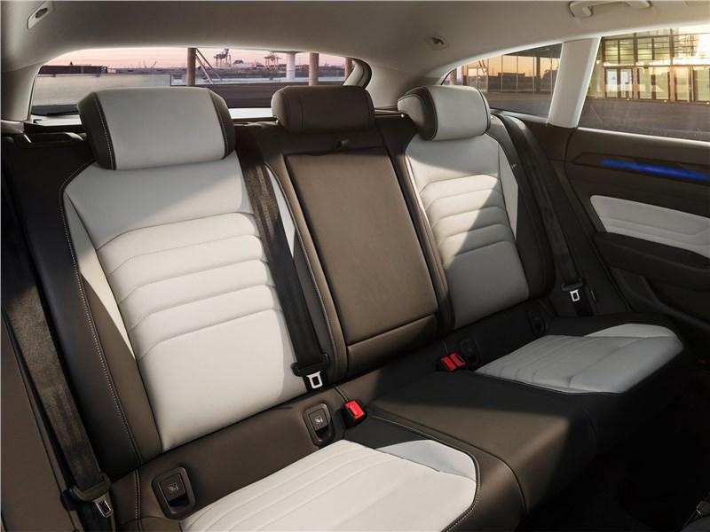 Volkswagen Arteon Shooting Brake (2021) задний диван