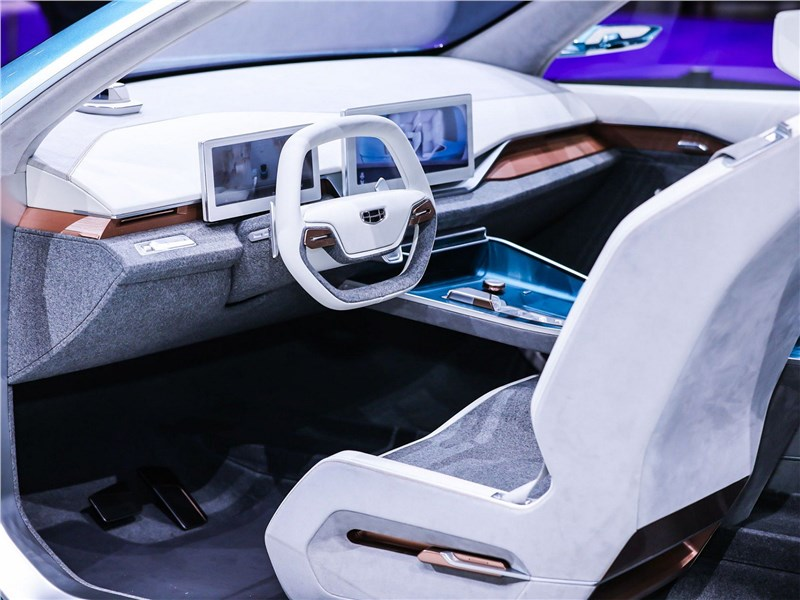 Geely Preface (2021) салон