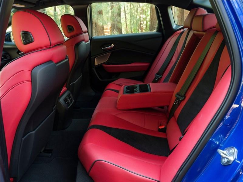 Acura TLX (2021) задний диван