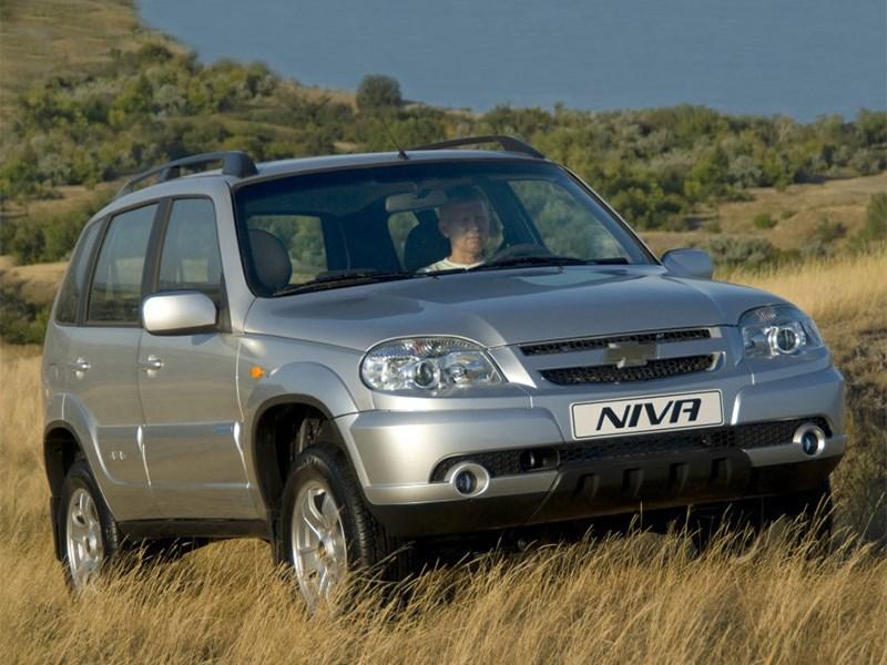 Поклонников Chevrolet Niva заранее готовят в появлению нового поколения модели