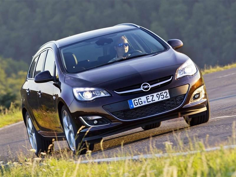 Обновленный Opel Astra получил новый мотор