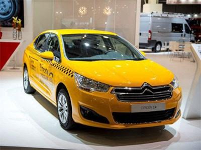 Citroen предлагает московским таксистам автомобили желтого цвета