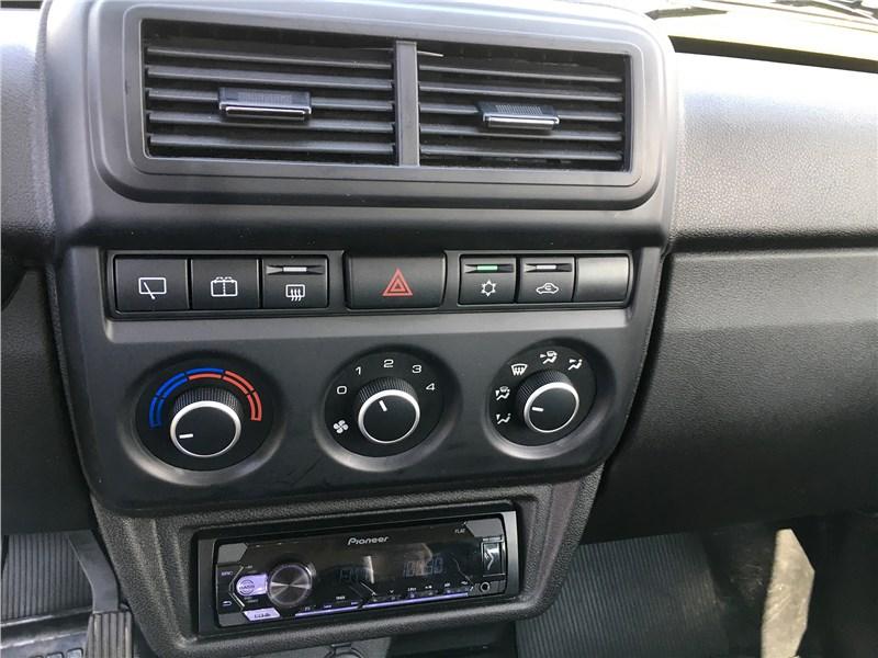 Lada 4x4 2019 центральная консоль