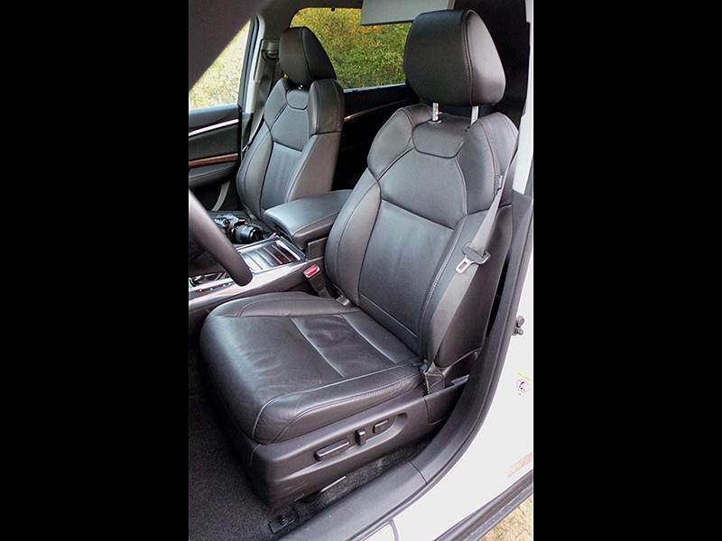 Acura MDX 2014 передние кресла