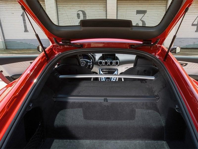 Mercedes-AMG GT 2015 багажное отделение