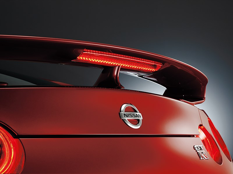 Nissan GTR 2013 задний спойлер