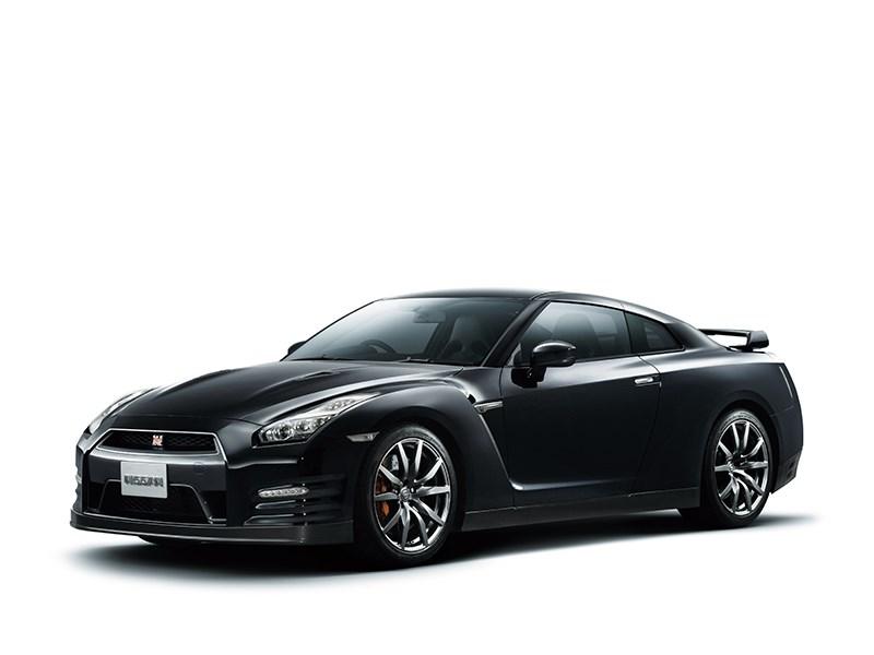 Nissan GTR 2013 вид сбоку 3/4 черная