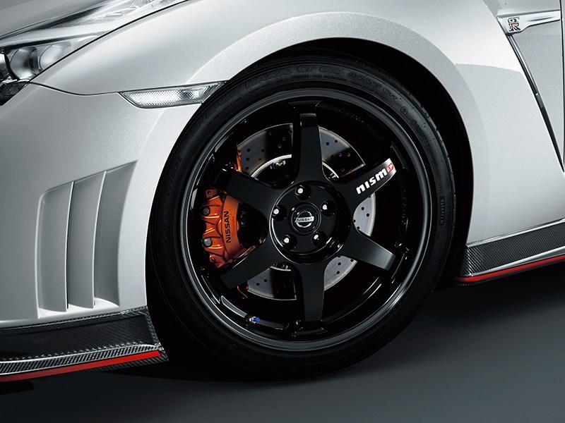Nissan GTR Nismo 2013 переднее колесо