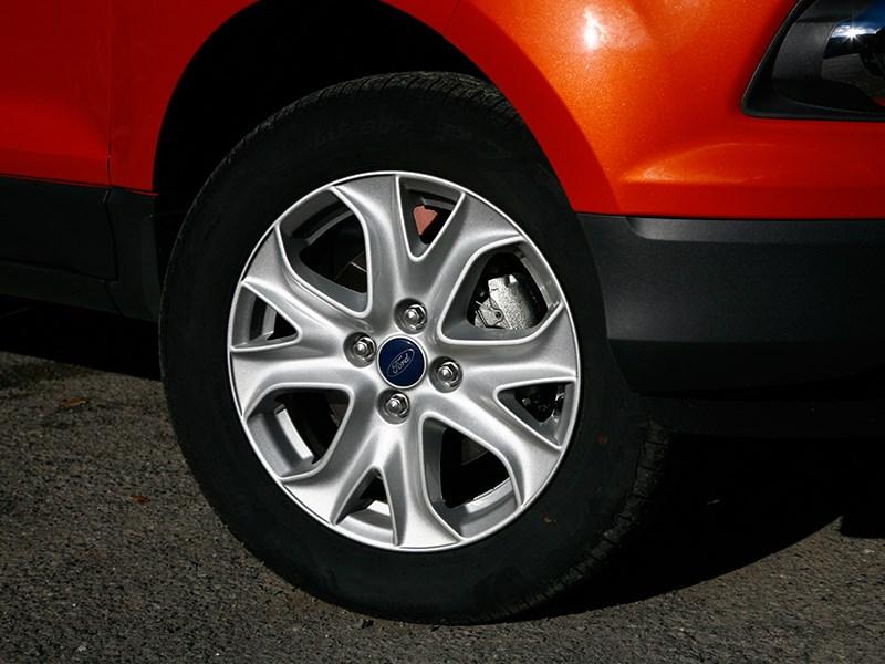 Ford EcoSport 2013 переднее колесо
