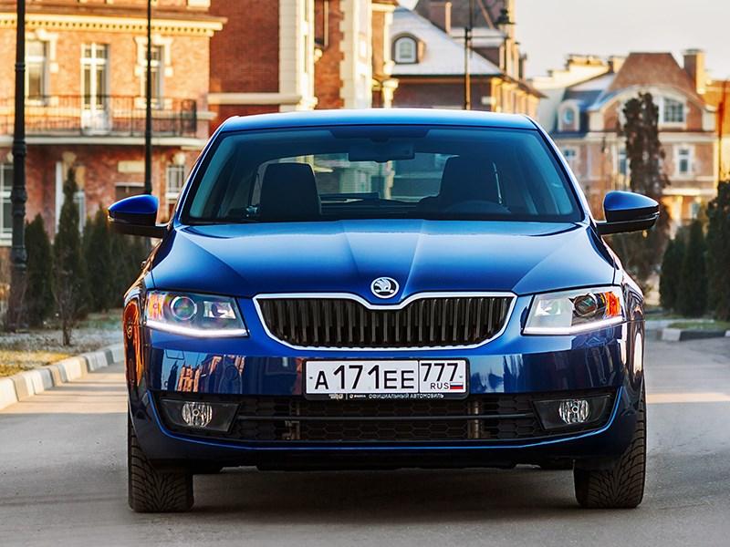 Skoda Octavia 2013 вид спереди