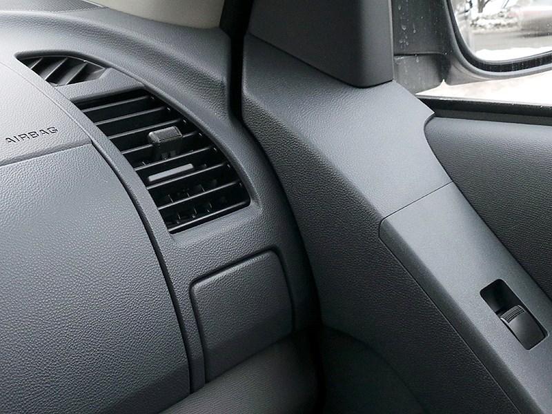 Chevrolet Trailblazer 2012 отделка салона