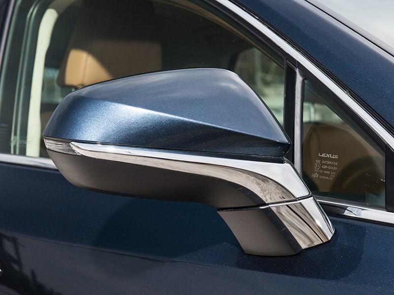 Lexus NX 2014 боковое зеркало