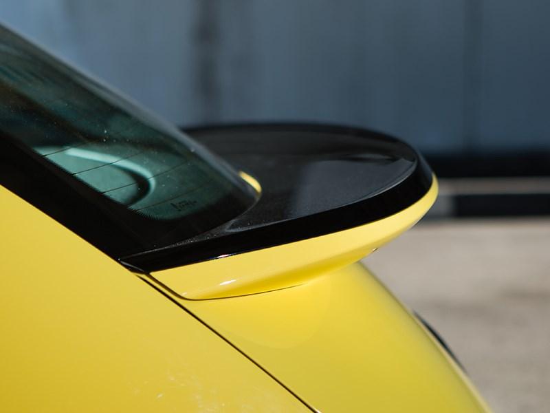 Volkswagen Beetle 2015 задний спойлер