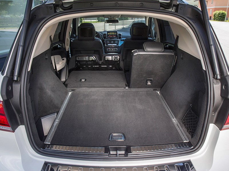 Mercedes-Benz GLE 2016 багажное отделение