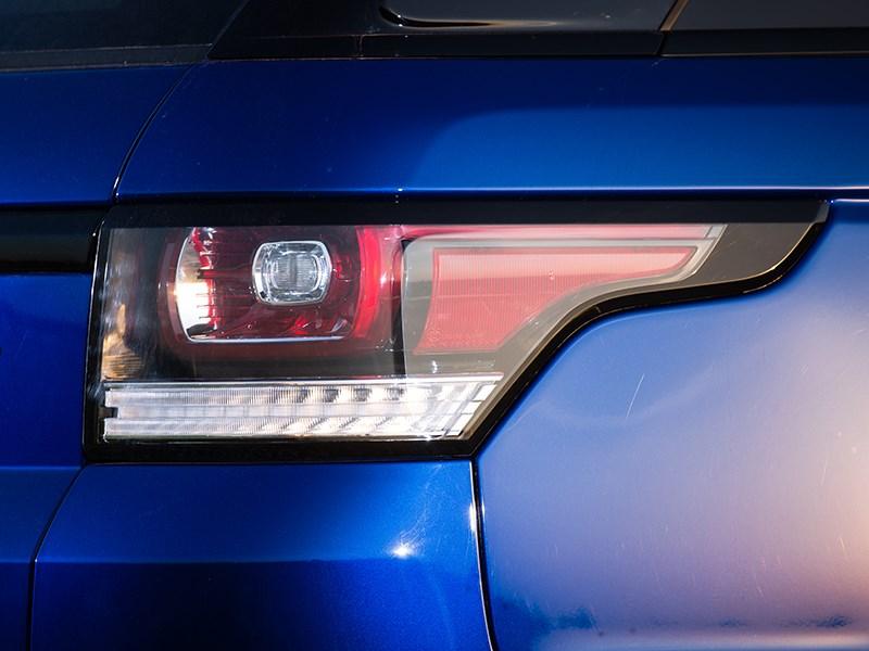 Land Rover Range Rover Sport SVR 2015 задний фонарь
