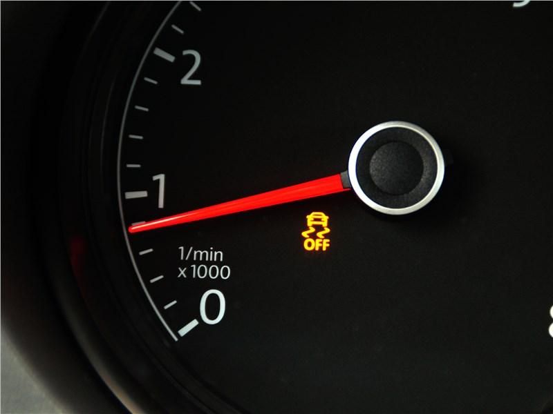 Volkswagen Polo GT 2016 приборная панель