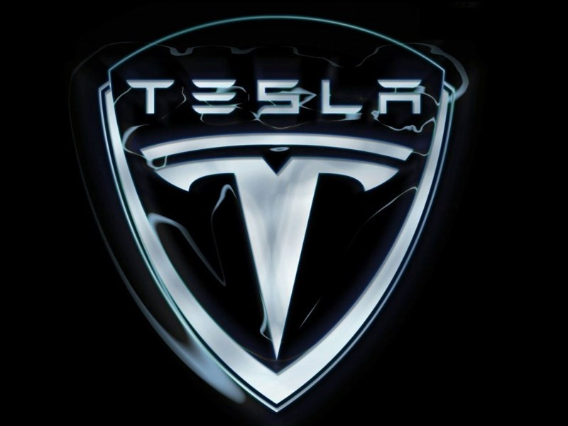 Tesla Motors обещает разработать бюджетный электрокар