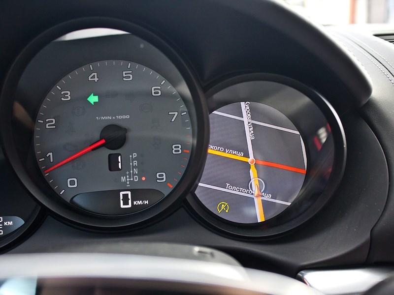 Porsche Cayman S 2013 навигация