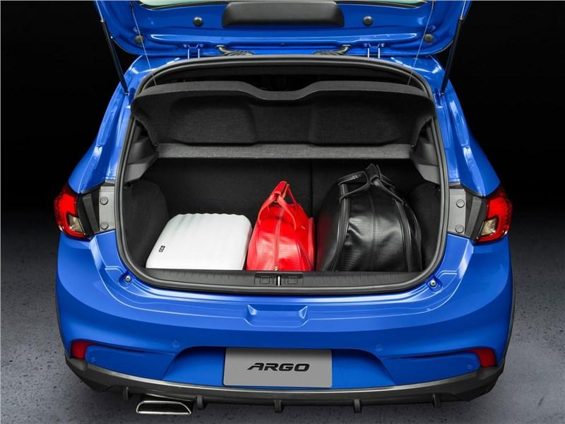 Fiat Argo 2018 багажное отделение