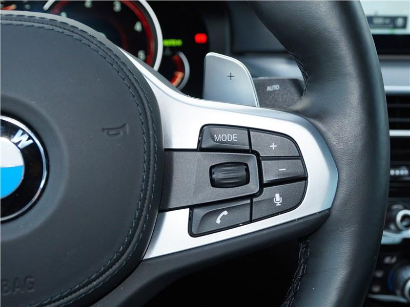 BMW 520d 2017 руль