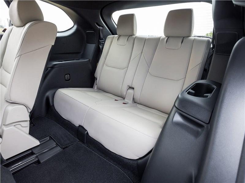 Mazda CX-9 2016 третий ряд