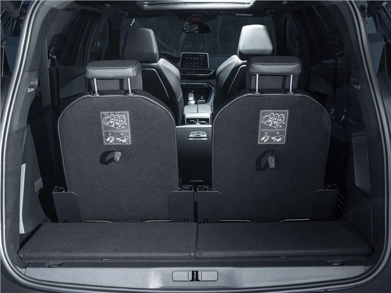 Peugeot 5008 2017 багажное отделение