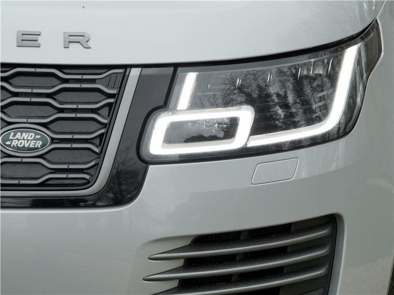 Land Rover Range Rover PHEV 2018 передняя фара