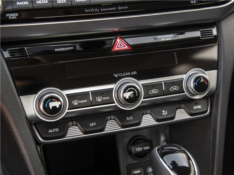 Hyundai Elantra 2019 управление климатом