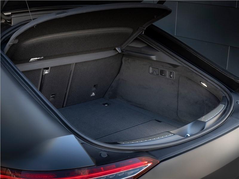 Mercedes-AMG GT 4-Door Coupe 2019 багажное отделение