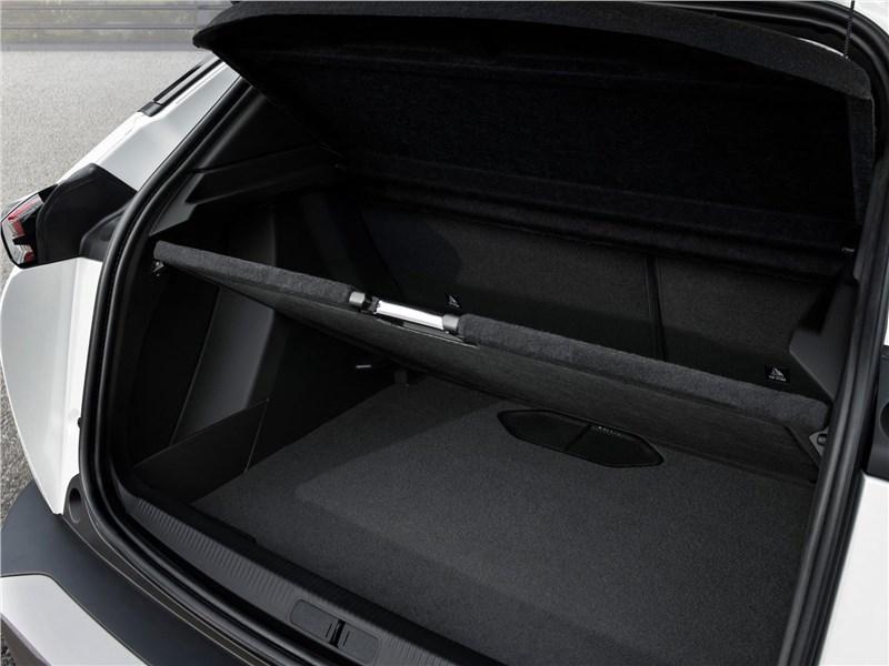 Peugeot 2008 2020 багажное отделение