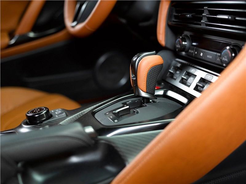 Nissan GT-R 2017 АКПП