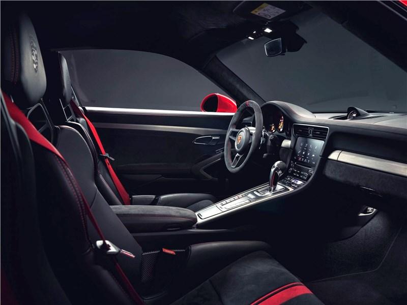 Porsche 911 GT3 2018 передние кресла