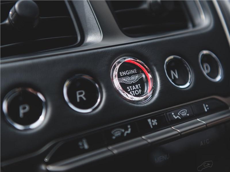 Aston Martin DBS 2019 управление климатом