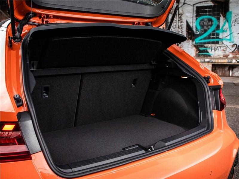 Audi A1 Citycarver 2020 багажное отделение