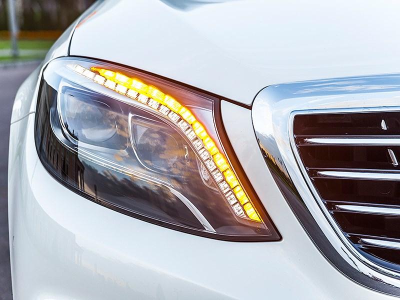 Mercedes-Benz S-Klasse 2013 передняя фара