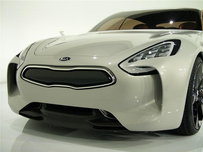 Через два года может появиться серийный спортивный седан Kia GT