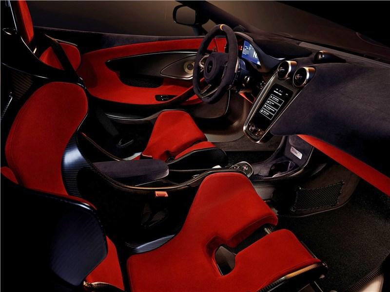 McLaren 600LT 2019 салон