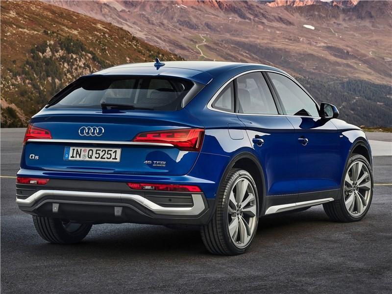 Audi Q5 Sportback (2021) вид сзади