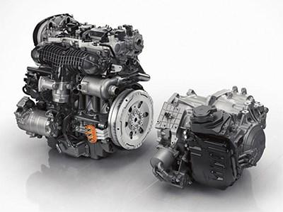 Новое поколение кроссовера Volvo XC90 получит гибридную модификацию