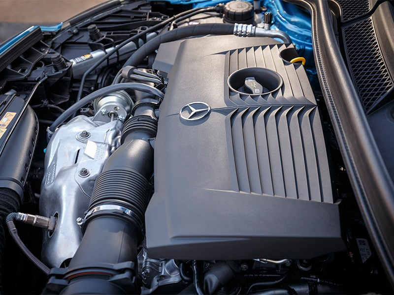 Mercedes-Benz B-Klasse 2015 двигатель