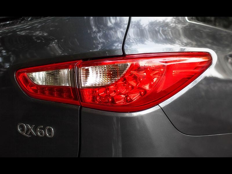 Infiniti QX60 Hybrid 2015 задний фонарь