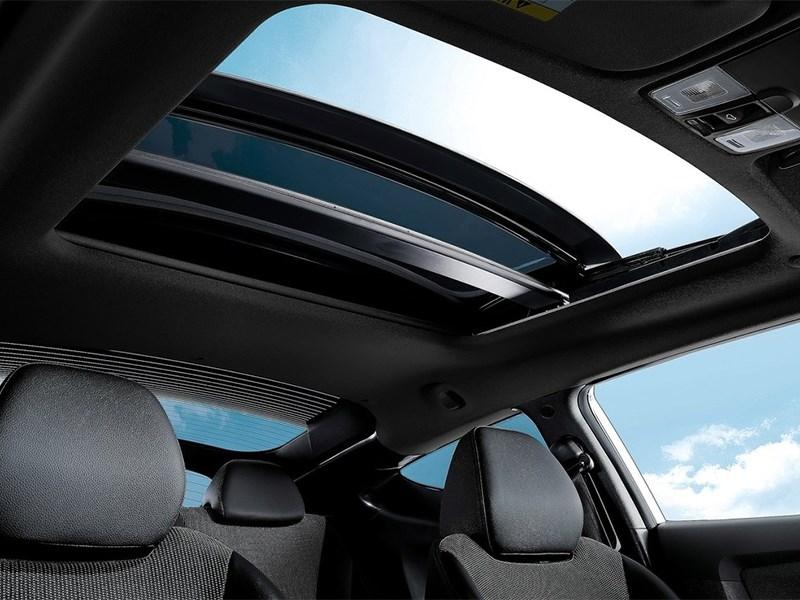 Hyundai Veloster 2016 панорамная крыша