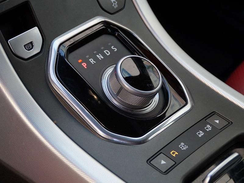 Range Rover Evoque 2012 селектор «автомата»
