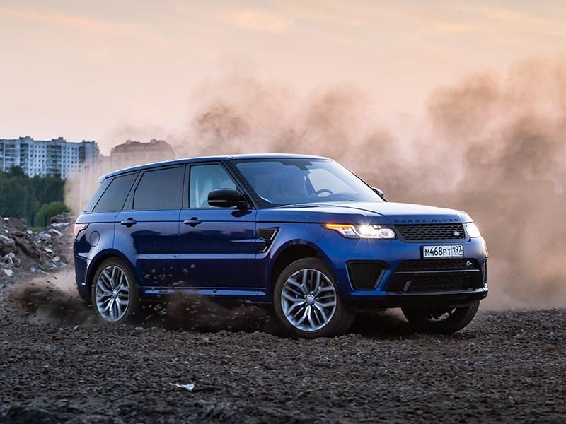 Land Rover Range Rover Sport SVR 2015 вид спереди сбоку