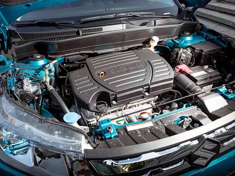 Suzuki Vitara 2015 двигатель
